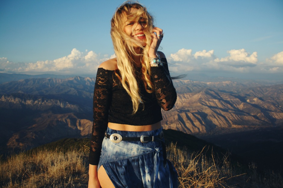 flutterleigh, wild and free blog, wildandfreejewelry, corina brown, free people, fpme